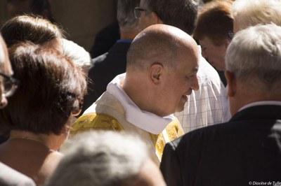 Ordination sacerdotale de Bernard Zimmermann (15).jpg