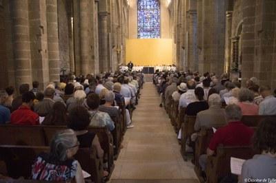 Ordination sacerdotale de Bernard Zimmermann (2).jpg
