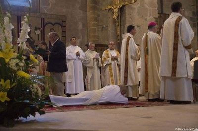 Ordination sacerdotale de Bernard Zimmermann (3).jpg