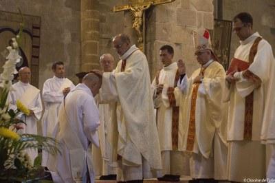 Ordination sacerdotale de Bernard Zimmermann (4).jpg